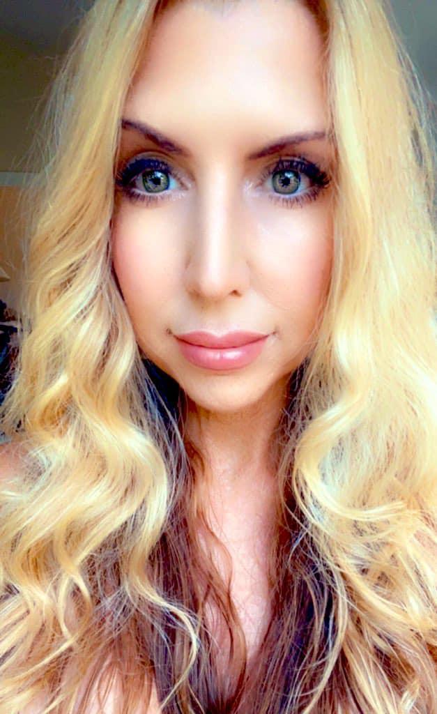 Andrea Cox, Intuitive healer